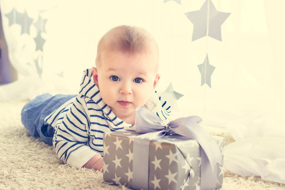 Juguetes que se pueden regalar a un bebé